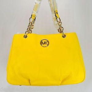 MICHAEL MICHAEL KORS Leather Shoulder Bag NWT